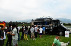 Komodo Truck (Los Angeles) from 101 Best Food Trucks in America 2013 Slideshow Easy Slider, Mobile Food Trucks, Dog Food Recipes, Cooking Recipes, Hotel Bel Air, Food Truck Festival, Best Food Trucks, American Kitchen, Marinated Chicken