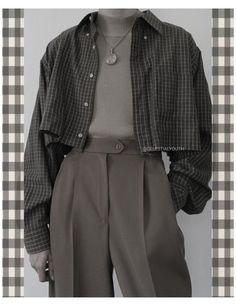 ʕ•ᴥ•ʔ 𝐢 𝐦 𝐚 𝐚 𝐧 ʕ•ᴥ•ʔ #yellow #t-shirt #outfit #winter #yellowt-shirtoutfitwinter Adrette Outfits, Teen Fashion Outfits, Korean Outfits, Retro Outfits, Grunge Outfits, Cute Casual Outfits, Vintage Outfits, Modest Fashion, Fashion Pants