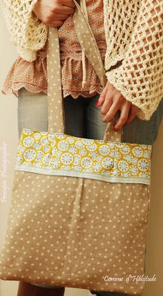 Daisy Bag http://www.facebook.com/CommeDHabitudeAccessories