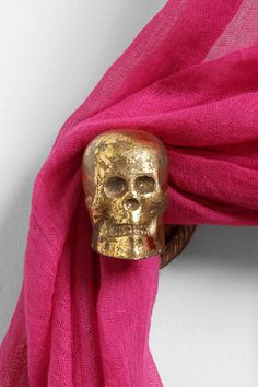 Skull Curtain Tie-Back Online Only