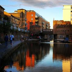 #evening #sidewalk at #camden .. #reflection #lgg4 #lgg4thegreat #streetphotography #thisislondon #London #mobilephotography #photography #river #castle #piratecastle Mobile Photography, Street Photography, London Travel, Camden, Reflection, Sidewalk, Castle, River, Photo And Video