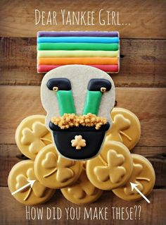 Making gold coin cookies