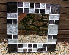Black and silver glass mosaic mirror Stained Glass Mirror, Mirror Mosaic, Mosaic Glass, Mosaic Tiles, Bathroom Mirrors Diy, Circular Mirror, Mosaic Artwork, My Mirror, Mosaic Crafts