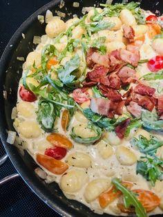 Gnocchis au bacon et épinards - Recettes de famille #gnocchis #recettesfamille #sansnoix #sansarachide #gnocchisbaconépinard #gnocchireceipe #recettegnocchi #gnocchirecette