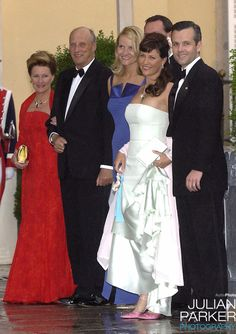 King Harald of Norway and Queen Sonja with Crown Prince Haakon and Crown Princess Mette-Marit, Princess Märtha Louise and Ari Behn Princess Märtha-Louise of Norway arrive for the pre-wedding dinner at the El Pardo Royal Palace on May 21; wedding of Prince Felipe of the Asturias and ms Letizia Ortiz on May 22, 2004 in the Almudena Cathedral, Madrid