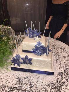 Una Torta Speciale per un Momento Indimenticabile!!!
