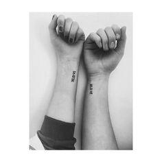 "36 Me gusta, 2 comentarios - Jess Granger (@jess1granger) en Instagram: ""Our friendship tattoos :))) #friendshiptattoos #girlytattoos #tattoo #wristtattoo #cute #bae #bestie"""