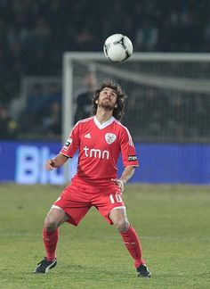 Pablo Aimar Football Love, Sports Clubs, Soccer Ball, Victorious, River, Running, Game, Beautiful, Club