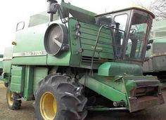 John Deere 7720 combine salvaged for used parts. This unit is available at All States Ag Parts in Ft. Atkinson, IA. Call 877-530-3010 parts. Unit ID#: EQ-23124. The photo depicts the equipment in the condition it arrived at our salvage yard. Parts shown may or may not still be available. http://www.TractorPartsASAP.com