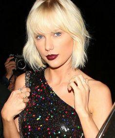 Taylor Swift makeup hair