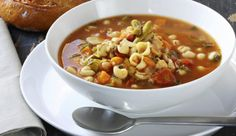 Onze favoriete maaltijdsoep: Italiaanse minestrone - Culy.nl