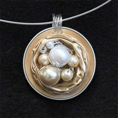 Nespresso foil cup necklace ... and more ideas! Great way to recycle!