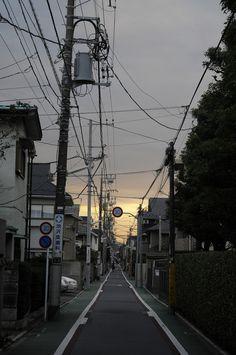 Photography Tips - 4 Stars & Up / English Aesthetic Japan, Night Aesthetic, City Aesthetic, Japanese Aesthetic, Wallpaper Animes, Japan Street, Japan Photo, Anime Scenery, Japanese Streets