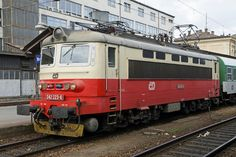 242 223 in Brno hl. Holland, Bahn, Bulgaria, Locomotive, Locs, Electric, Colours, Trains, Transportation