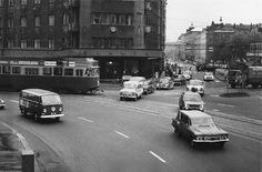 Hakutulokset - helsinginkatu - Finna - Helsingin kaupunginmuseo Map Pictures, Old Ads, Helsinki, Good Old, Time Travel, Nostalgia, Past, Street View, Black And White