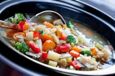 10 Tasty Low Calorie Crock Pot Recipes!