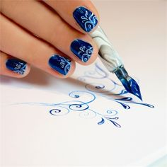 A Calligraphers Touch: How to Use the Be Creative Nail Art Pen - Nails Magazine Get Nails, Love Nails, How To Do Nails, Pretty Nails, Hair And Nails, Style Nails, Nail Art Pen, Nail Polish Art, Cute Nail Art
