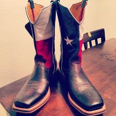 """""""Cowboy Boots""""   25 Words That Have A Totally Different Meaning In Texas"""