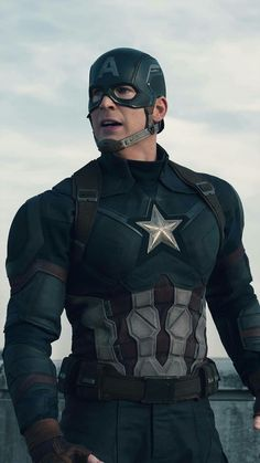 Moments When Captain America Becomes a Traitor Capitan America Chris Evans, Chris Evans Captain America, Marvel Captain America, Captain America Pictures, Captain America Cosplay, Marvel Dc Comics, Marvel Heroes, Marvel Avengers, Marvel Characters