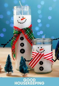 How to Turn Dollar Store Candles Into the Most Charming Snowmen #DollarStore #Christmascrafts