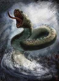 JORMUNGAND-Cria monstruosa de Loki com a giganta Angrboda.  É uma serpente gigantesca que, logo que nasceu, foi precipitada por Odin no oceano que circunda Midgard.  A serpente cresceu tanto que contorna toda a Terra até morder a própria cauda