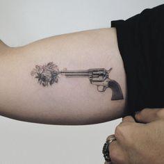 101 Amazing Gun Tattoo Ideas That Will Blow Your Mind! Scary Tattoos, Mom Tattoos, Finger Tattoos, Cute Tattoos, Beautiful Tattoos, Hand Tattoos, Ship Tattoos, Ankle Tattoos, Arrow Tattoos