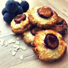 #lowcarb #lowcarbdiet #lowcarbbreakfast #cake #plumcake #plum Plum Cake, Low Carb Breakfast, I Foods, Cheesecake, Desserts, Prune Cake, Tailgate Desserts, Deserts, Cheesecakes