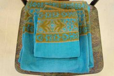 I'm in love with the delicious colors and patterns on vintage towels!