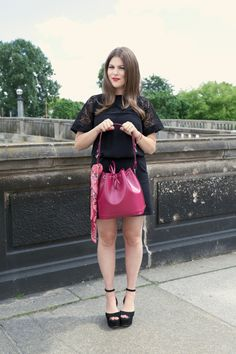 Jessie, founder of Journelles, gives her interpretation of one of Louis Vuitton's iconic handbags (via www.journelles.de)
