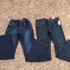 Old Navy Jeans 2 pair 2 pair of Jr girls jeans size 10 Reg, one pair still has tags on it and the other pair was only worn a couple times Old Navy Jeans Boot Cut