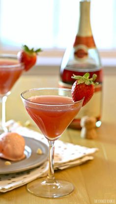 Strawberry Champagne Martini! Best of both worlds, part mimosa part martini!