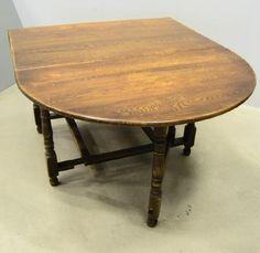 Nytt projekt. Bordet inköpt och ska slipas fint!