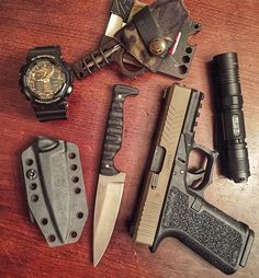 """928 Likes, 5 Comments - Wise Men Company (@wise_men_company) on Instagram: """"Sometimes the Day dictates that you carry a fixed blade. My absolute favorite fixed blade that I…"""""""