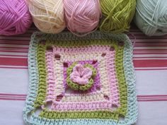 step by step crochet square pattern