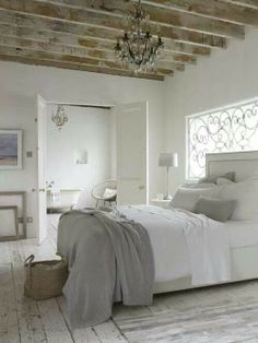 Mooie kleurencombi van vloer, plafond en muren.