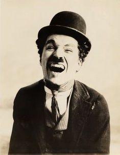 « Le jour où je me suis aimé pour de vrai… » #Chaplin