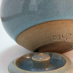 Brooks, Richard Pottery Marks, Kangaroo, Ceramics, Studio, Art, Baby Bjorn, Ceramica, Art Background, Pottery