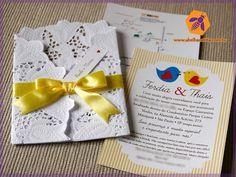 Convite com envelope de doilie papel rendado