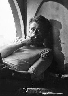 James Dean, biografia, filmografia, stile di recitazione e citazioni