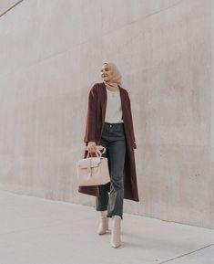 modern hijab fashion How to Wear Hijab Modern Ways to Wear Hijab Modern Hijab Fashion, Street Hijab Fashion, Hijab Fashion Inspiration, Islamic Fashion, Muslim Fashion, Modest Fashion, Girl Fashion, Fashion Outfits, Modest Outfits Muslim