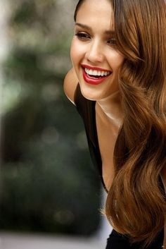 Jessica alba soft retro waves and redlip