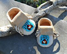 Handmade Baby Moccasins, Hand Beaded Infant Mocs, Bear Paw Bead Design, Infant Booties, Hand Sewn Baby Shoes, Baby Booties