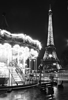 Tour eiffel in paris, france by ben-kelevra on deviantart ✈ 'la tour e Luxor, Oh The Places You'll Go, Places To Visit, Paris 1900, Eiffel Tower At Night, Adventure Is Out There, Paris Skyline, Cool Photos, Beautiful Places