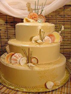 Terrific beach wedding cake (Source: weddingcakepictures.org)