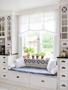 Kitchen Window Seat Decor Nooks New Ideas Küchen Design, House Design, Interior Design, Design Ideas, Interior Stylist, Chair Design, Window Seat Kitchen, Window Sill, Window Ledge