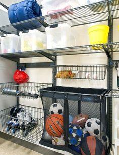Rangement garage de l'équipement de sport