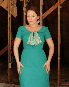 Mad Men Teal Joan Dress - a lovely interpretation of one of my favorite Joan dresses