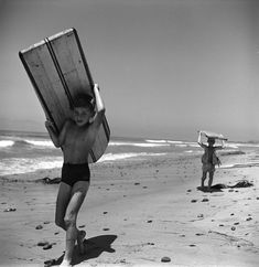 Surfers, San Onofre, California, 1050.