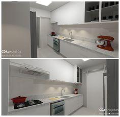 Cozinha estreita com detalhe em madeira | CDA projetos