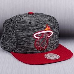 9610ebd989d Mitchell   Ness NBA Miami Heat Prime Knit Snapback Cap Nba Miami Heat